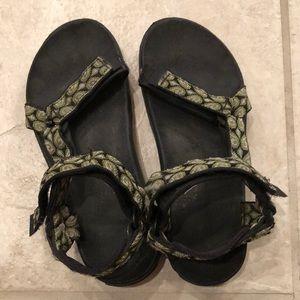 Teva women's sandal size 6 ✨